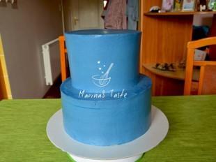 Torta-na-sprat-dekorisana-slagom-1