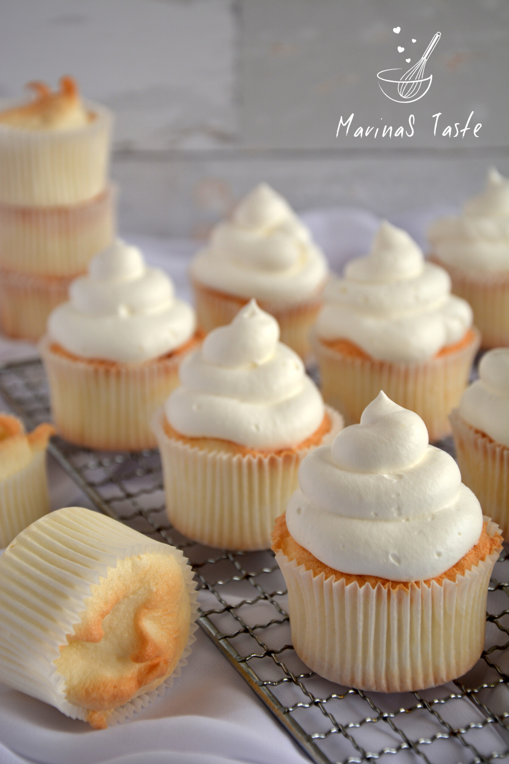 Angels-food-cupcakes-1